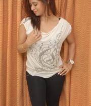 nanditha-guptha-new-photo-stills-37