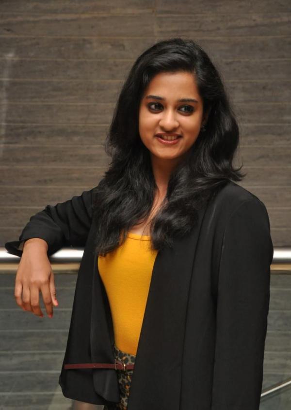 nanditha-photos-at-big-telugu-entertainment-awards-1