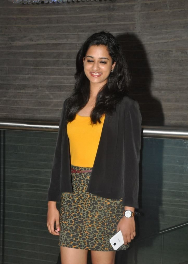 nanditha-photos-at-big-telugu-entertainment-awards-16