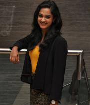 nanditha-photos-at-big-telugu-entertainment-awards-20