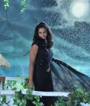 nanditha-stills-from-prema-katha-chitram-03