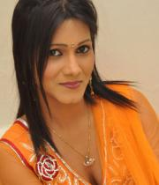 neetu-agarwal-hot-photos-01