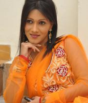 neetu-agarwal-hot-photos-03