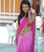neha-priya-hot-stills-in-saree-10