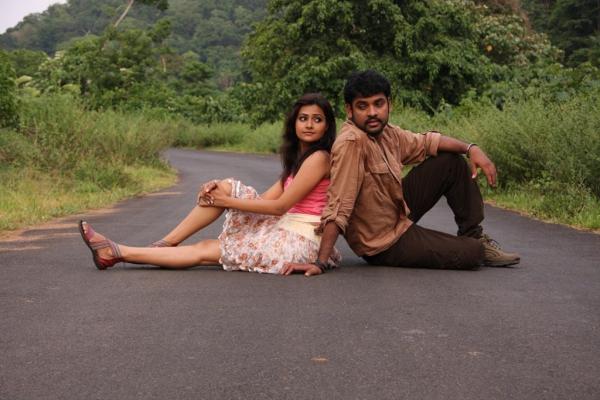 netru-indru-hot-movie-stills-14
