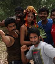 netru-indru-hot-movie-stills-12