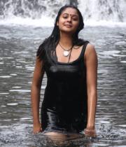 netru-indru-hot-movie-stills-25