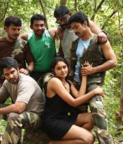 netru-indru-hot-movie-stills-4