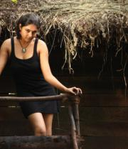 netru-indru-hot-movie-stills-40