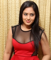 nikesha-patel-red-hot-photos-3