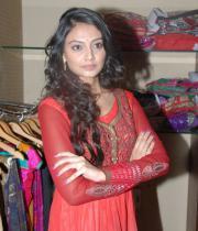 nikitha-narayan-chudidar-dress-stills-16
