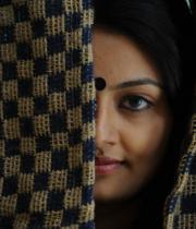 actress-nikitha-narayan-cute-saree-photos-08