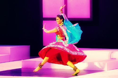 nina-davuluri-dance-photos-in-miss-new-york-event-4