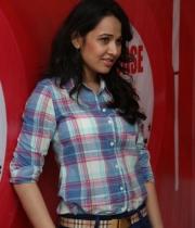 nisha-kothari-photos-at-hrudaya-spandana-walk-logo-launch-11