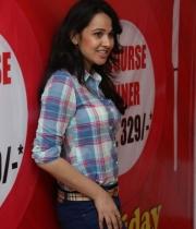 nisha-kothari-photos-at-hrudaya-spandana-walk-logo-launch-17