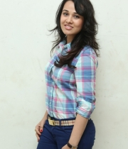 nisha-kothari-photos-at-hrudaya-spandana-walk-logo-launch-19