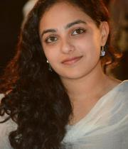 nithya-menon-hot-photo-stills-05