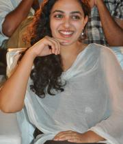 nithya-menon-hot-photo-stills-08