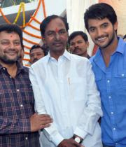 ntr-at-aadi-movie-launch-photos-4