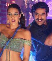 ntr-baadshah-item-songs-stills-02