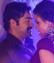 ntr-baadshah-item-songs-stills-08