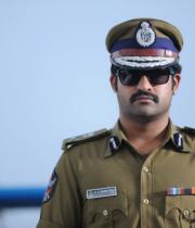 ntr-baadshah-police-getup-6