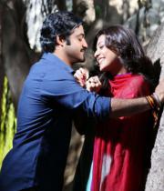ntr-kajal-stills-from-baadshah-08