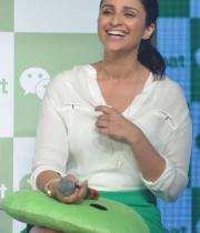 parineeti-chopra-launch-of-tencents-wechat-messenger-1