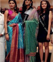parvathy-omanakuttan-launches-womans-world-photos114