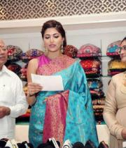 parvathy-omanakuttan-launches-womans-world-photos15