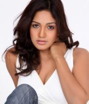 pavani-reddy-hot-photos-in-white-dress-11