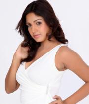pavani-reddy-hot-photos-in-white-dress-18