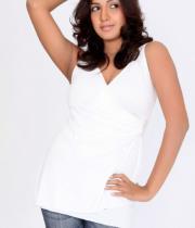 pavani-reddy-hot-photos-in-white-dress-19