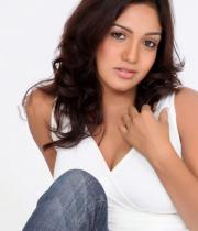 pavani-reddy-hot-photos-in-white-dress-2