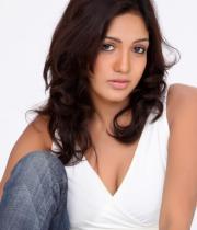 pavani-reddy-hot-photos-in-white-dress-7