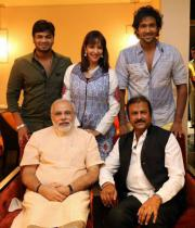 narendra_modi_with_tollywood_celebs-1_0