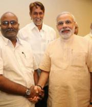 narendra_modi_with_tollywood_celebs-2_0
