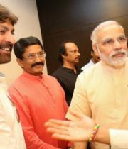 narendra_modi_with_tollywood_celebs-5