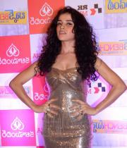 actress-piaa-bajpai-latest-cute-gallery-07