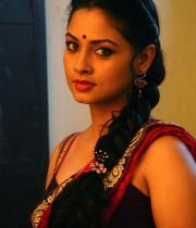 pooja-hot-saree-photos-11