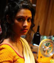pooja-hot-saree-photos-14