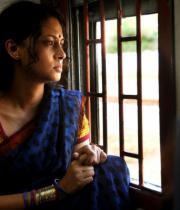 pooja-hot-saree-photos-3