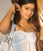 poonam-bajwa-hot-photo-shoot-stills-10