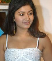 poonam-bajwa-hot-photo-shoot-stills-15
