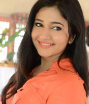 poonam-bajwa-latest-photos-01