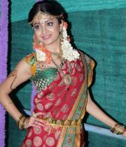 poonam-kaur-latest-cute-stills-photos-1