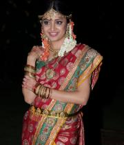 poonam-kaur-latest-cute-stills-photos-23