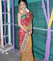 poonam-kaur-latest-cute-stills-photos-33