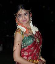 poonam-kaur-latest-cute-stills-photos-37