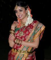 poonam-kaur-latest-cute-stills-photos-40